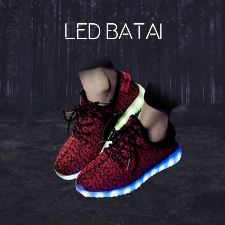 Tamsiai raudoni LED batai