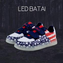 JAV vėliavos LED batai