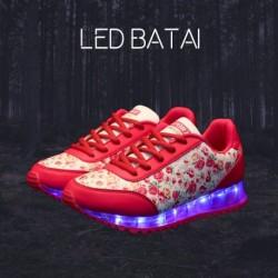 Raudoni LED batai FLOWERS