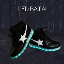 Juodi LED batai STAR