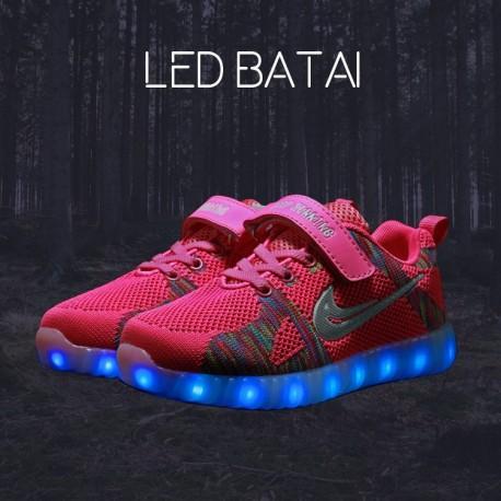 Rožiniai LED batai
