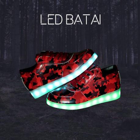 Raudoni LED batai