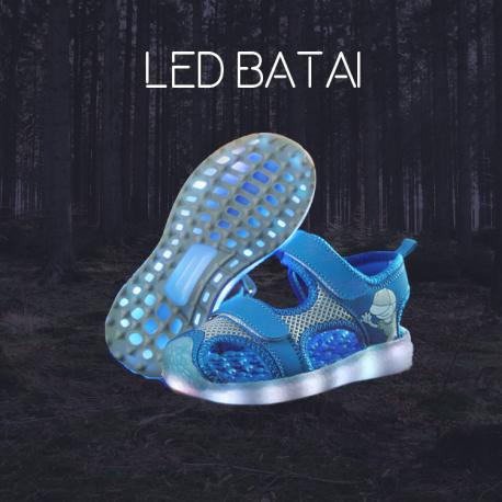 Mėlynos LED basutės