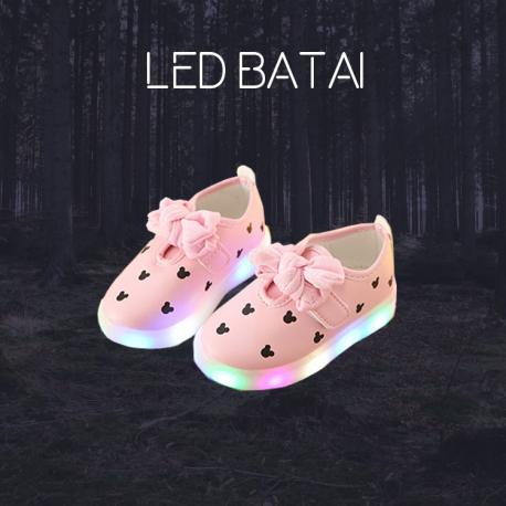 Rožinai LED batai