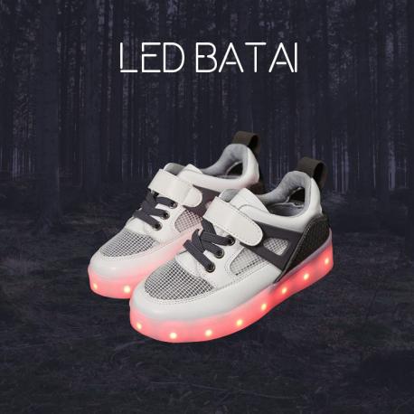 Balti LED batai