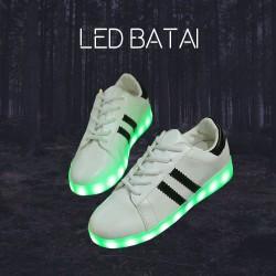 Balti LED batai su juostelėmis