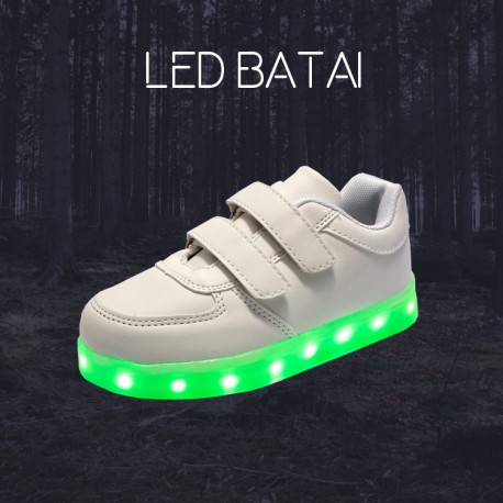 Balti LED batai