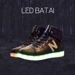 Juodi LED batai N