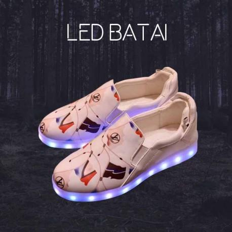 Balti margi LED batai
