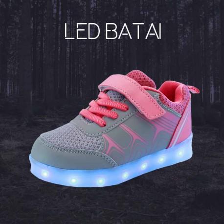 Pilki ir rožiniai LED batai