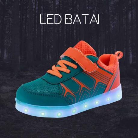 Žali ir oranžiniai LED batai